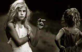 Курение девочек-подростков